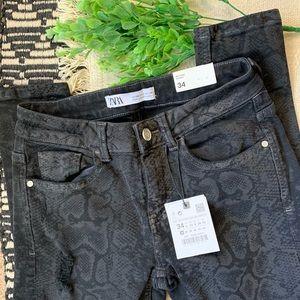 NWT ZARA snake print skinny jeans